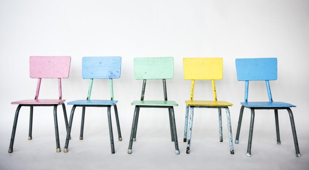 Stuhl designklassiker des 20 jahrhunderts for Stuhl design 20 jahrhundert